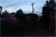 Die Dobsonpartie beginnt! Links das gigantische  75cm Spiegeldobson, in der Mitte das scheinbar kleine 27cm Spiegeldobson und recht das 50cm Vereinsdobson der Sternwarte Riesa.
