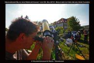Gäste der Sternwarte beobachten den Merkurtransit